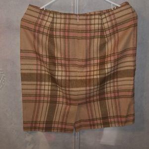 Womens - 4 - Skirt